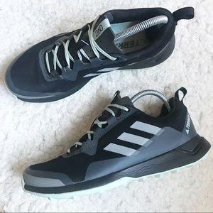 adidas outdoor Women's Terrex CMTK W Walking Shoe Size 9